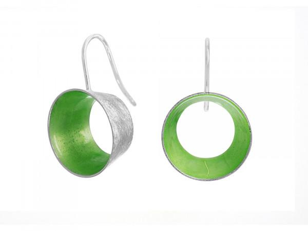 """10 Design Schmuck aus Emaille Ohrhänger Lichtung Silber 600x450 - Ohrhänger """"Lichtung"""" mit farbiger Emaille (Farbauswahl)"""