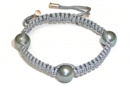 "Armband mit 3 Tahiti Perlen Niau 416x277 - Armband ""Niau"" mit Tahiti-Perlen und Brillant"