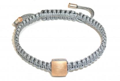 "Armband mit Gold und Brillant Anaa 416x280 - Armband ""Anaa"" mit Gold-Element und Brillant"