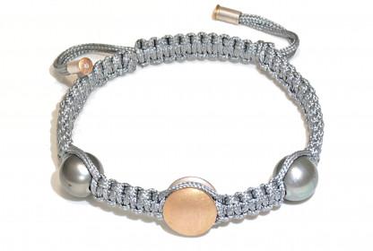 "Armband mit Tahiti Perlen Gold und Brillant Morane 416x280 - Armband ""Morane"" mit Tahiti-Perlen und Brillant"