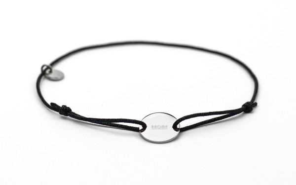 Armband mit Token MOIN fabe schwarz silber 600x375 - Token Armband MOIN in Schwarz und Silber