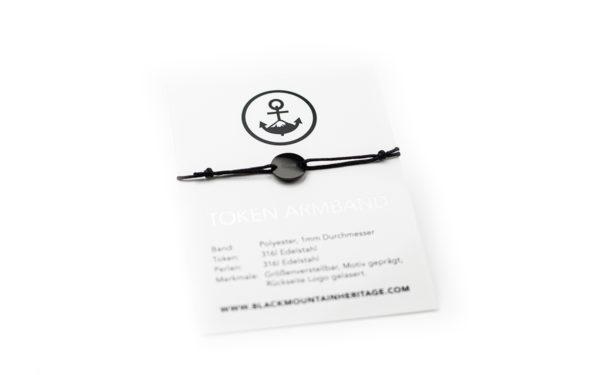 Armband mit Token MOIN schwarz schwarz bird verpackung - Token Armband MOIN in Schwarz und Silber