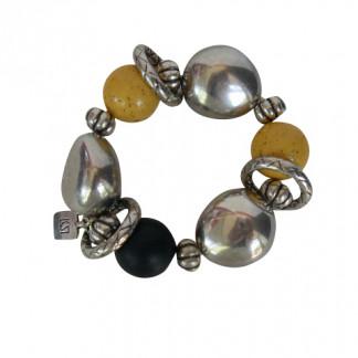 Armband mit gelben schwarzen Kugeln silberne Oliven und Silberringe 324x324 - Armband mit Kugeln, kleinen Oliven und Silberringen
