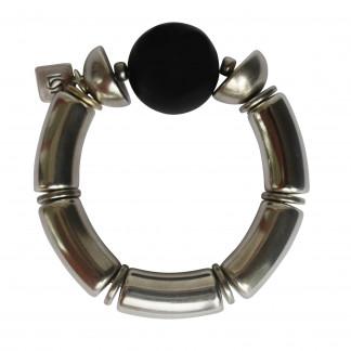 Armband mit silbernen Boegen Halbkugel und schwarzer Kugel scaled 324x324 - Armband mit Bögen, roter Kugel und Halbkugel