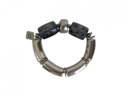 Armband mit silbernen Boegen Silberreifen und grau umnetzten Rollen 416x312 - Armband mit Bögen und Rollen