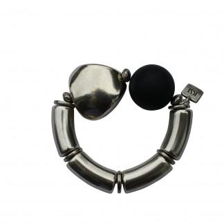 Armband mit silbernen Boegen Triangel und schwarzer Kugel scaled 324x324 - Armband mit Kugel und Triangel
