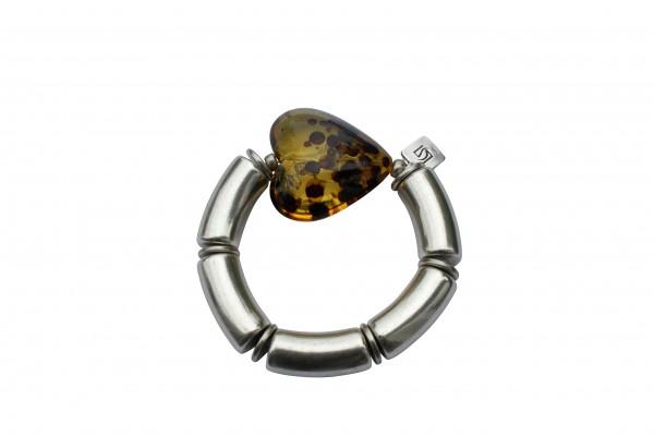 Armband mit silbernen Boegen und braunem Tigerbernsteinherz 600x400 - Armband mit Bögen und Herz