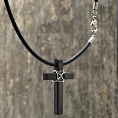 Carbon Schmuck Anhänger Monumentum 416x416 - Halskette mit Carbon-Anhänger 'Momentum Parvum'