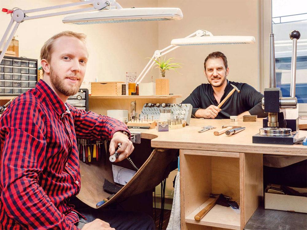Dan und Philipp Reiffert bieten Designschmuck bei Dinky Donkey - Einzig - nicht artig: Schmuck von den Reiffert-Brüdern