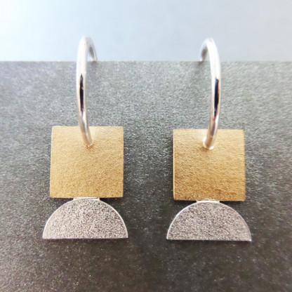 Design Ohrhänger Kleines Goldenes Quadrat Andrea Bejöhr 416x416 - Ohrhänger Kleines Goldenes Quadrat