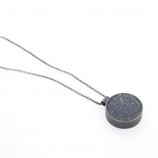 Designschmuck kaufen 17 Anhänger kristalisierter Achat Halskette 324x324 - Halskette mit kristallisiertem Achat