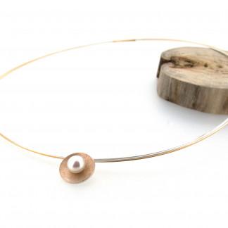 Designschmuck kaufen 3 Anhänger Schale silber goldplattiert Perle Halskette 324x324 - Halsreif Eternelle
