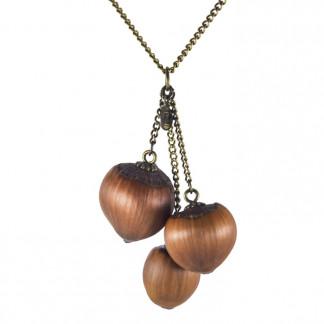 Dreifache Haselnuss Halskette in Bronze 1 324x324 - Dreifache Haselnuss-Halskette in Bronze
