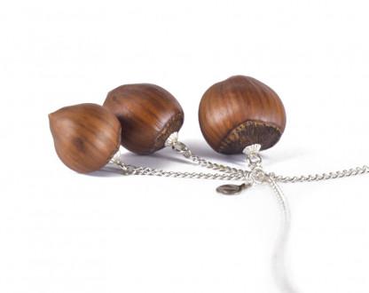 Dreifache Haselnuss Halskette in Silber 2 416x330 - Dreifache Haselnuss-Halskette in Silber