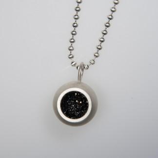 Drusenkugel groß Silber an Kugelkette scaled 324x324 - Halskette mit großer Drusenkugel Silber