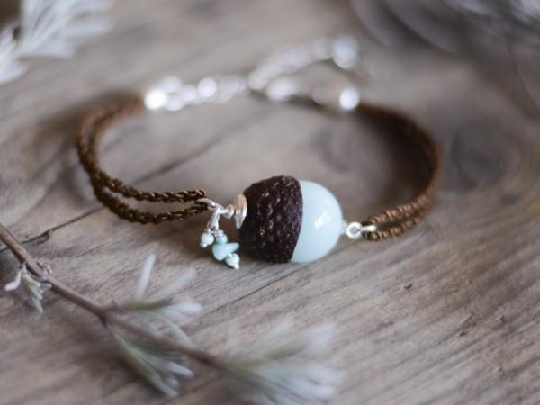 Eichelhut Armband mit mintgruener Jade und Amazonit 2 600x450 - Eichelhut-Armband mit mintgrüner Jade und Amazonit