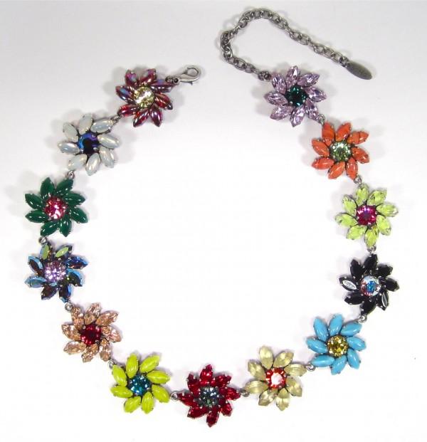 Halskette flora multicolor Halsketten 600x621 - Halskette flora multicolor