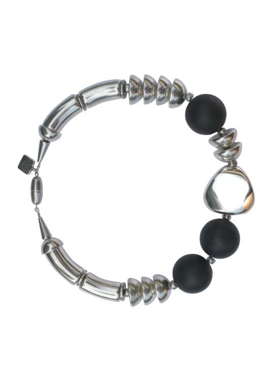 Halskette mit Boegen Kugeln Triangel und Halbkugeln 512x768 - Halskette mit Bögen, Kugeln, Triangel und Halbkugeln