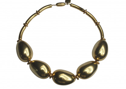 Halskette mit goldenen Oliven scaled 416x295 - Halskette mit großen Oliven