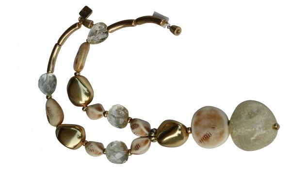 Halskette mit goldenen Steinen elfenbeinfarbenen Nüssen Taler craclée Stein 600x400 - Halskette mit Steinen, Riesenstein und Taler