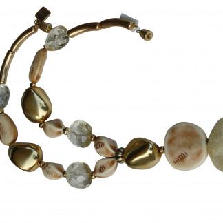 Halskette mit goldenen Steinen elfenbeinfarbenen Nüssen Taler craclée Stein scaled 324x324 - Halskette mit Steinen, Riesenstein und Taler