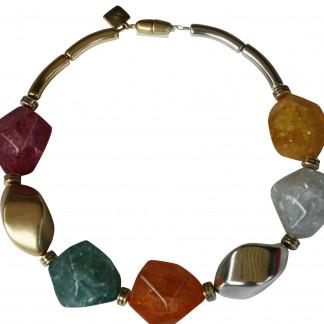 Halskette mit grossen silbernen goldenen Nüssen und farbigen Meteorsteinen scaled 324x324 - Halskette mit großen Nüssen und großen Meteorsteinen