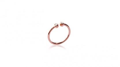 Handschmuck Ring mit Stein rose 416x234 - Ring mit Stein Rosé