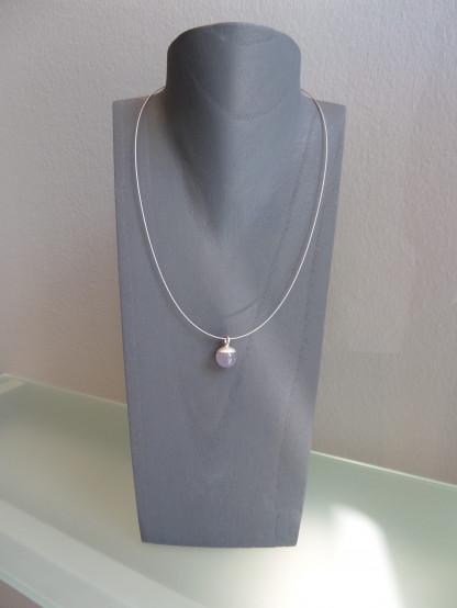 Kugelanhänger 925er Silber Chalcedonkugel scaled 416x554 - Kettenanhänger aus Silber mit Chalcedonkugel