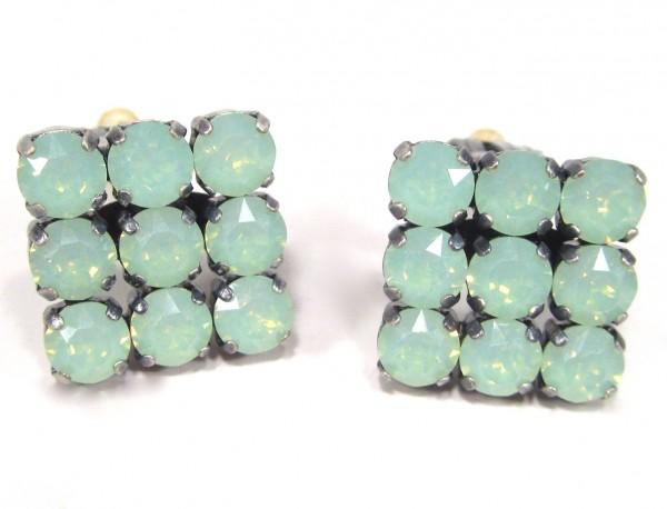 Ohrclips chrysolite opal Ohrstecker 600x458 - Ohrclips chrysolite opal