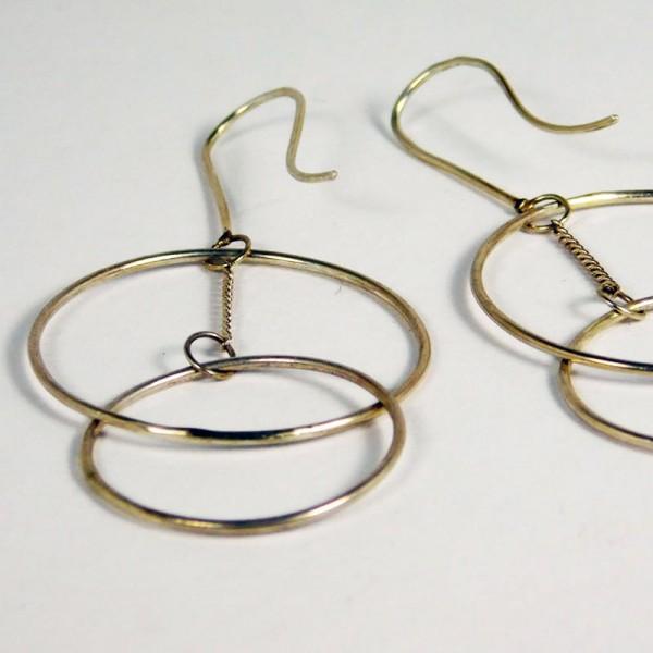 Ohrringe Ring Schwebend Silber 1 600x600 - Ohrringe Ring Schwebend Silber