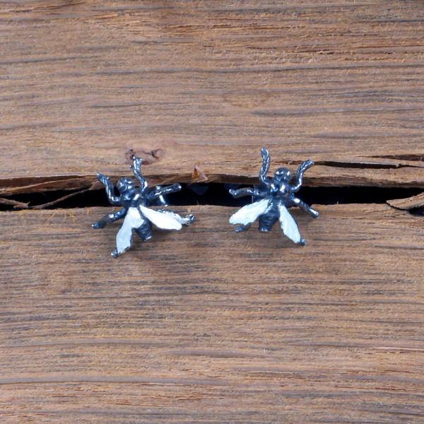 Ohrstecker Fliegen aus Silber und Emaille vom Goldschmied kaufen 600x600 - Ohrstecker Fliegen aus Silber mit Emaille