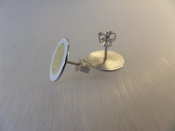 """Ohrstecker aus Silber mit Goldpunkt kaufen 600x450 - Silberohrstecker """"Goldpunkt"""""""