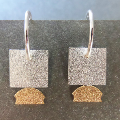 "Orhänger Silbernes Quadrat von Goldschmiedin Andrea Bejöhr 416x416 - Silber-Ohrhänger ""Quadrat"""
