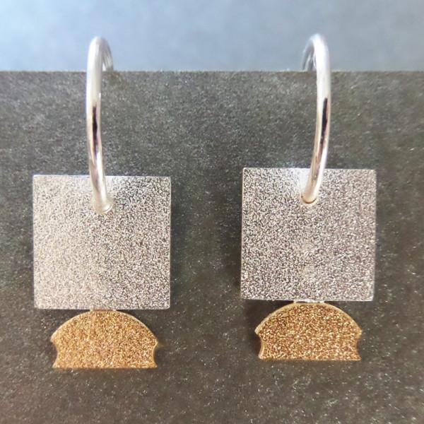 "Orhänger Silbernes Quadrat von Goldschmiedin Andrea Bejöhr 600x600 - Silber-Ohrhänger ""Quadrat"""