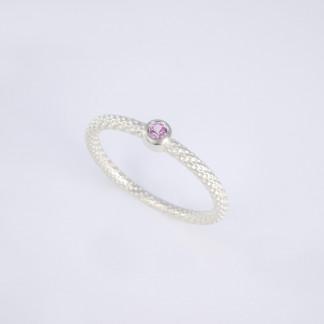 Pünktchenring 925er Silber mit rosa Saphir scaled 324x324 - Pünktchenring 925er Silber mit blauem Zirkon