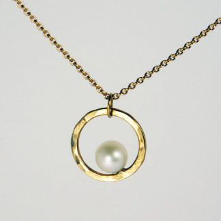 Perlenring Anhänger an Kette Gold 1 324x324 - Perlenring Anhänger an Kette Gold