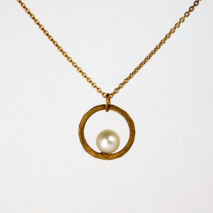Perlenring Anhänger an Kette Gold 3 416x416 - Perlenring Anhänger an Kette Gold