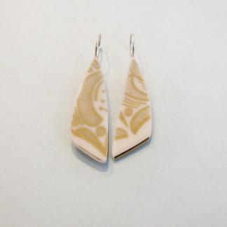 Porzellan Ohrhänger Goldene Blätter 324x324 - Porzellan-Ohrhänger Sternchen