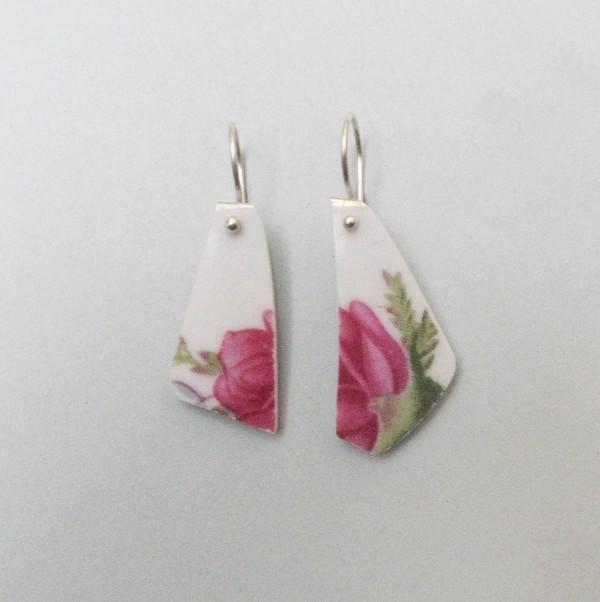 Porzellan Ohrhänger Rose 600x602 - Porzellan-Ohrhänger Rose