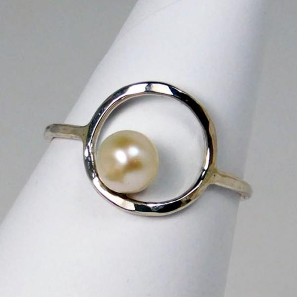 Ring Perlenring Silber 1 600x600 - Ring Perlenring Silber