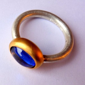 Ring R Mox Kyanit oval