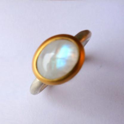 Ring R Mox Mondstein oval 416x416 - Ring R Mox Mondstein oval