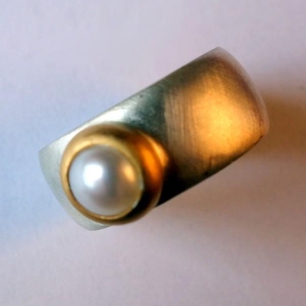Ring R kawin Perle 600x600 - Ring R kawin Perle