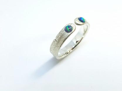 """Ring mit Opal aus Silber Ophalia 2 416x311 - Silberring """"Ophalia"""" mit zwei Opalen"""