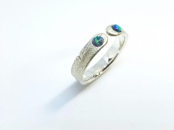 """Ring mit Opal aus Silber Ophalia 2 600x449 - Silberring """"Ophalia"""" mit zwei Opalen"""