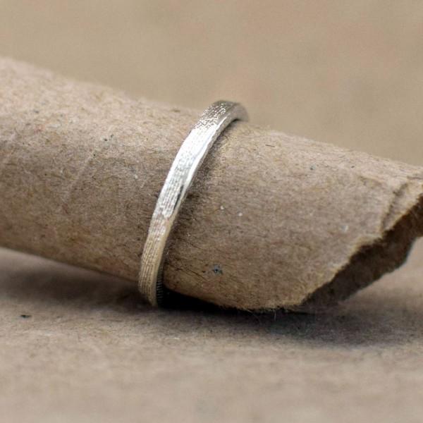 Schmaler Ossa Sepia Ring 600x600 - Ossa Sepia Ring schmal