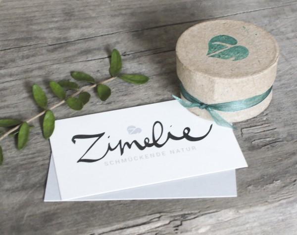Schmuck Verpackung Zimelie 1 600x476 - Sternklare Haselnuss-Halskette – Jungfrau