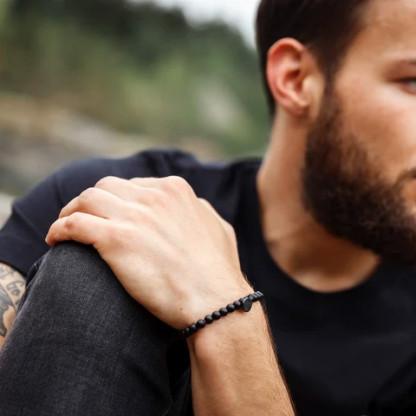 Schwarzes Design Armband für Männer mit Obsidian 416x416 - Steinperlen Armband BLACKBITE schwarz