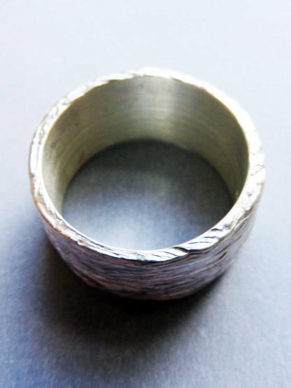 """Silberring kaufen mit Rindenstruktur 416x554 - Silberring """"Baumrinde"""""""