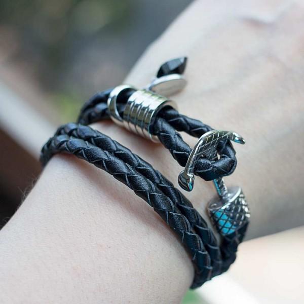 Wickelarmband in Schwarz mit Edelstahl Anker Verschluss 2 600x600 - Wickelarmband in Schwarz mit Edelstahl-Anker-Verschluss